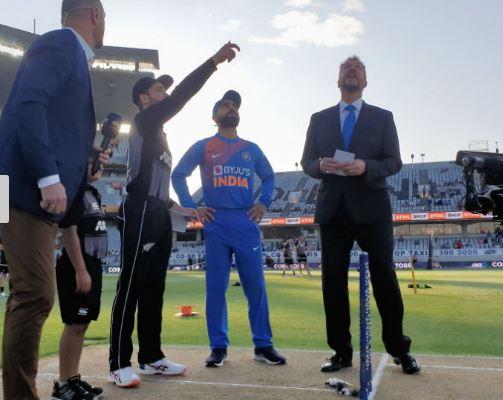 भारतीय टीम पहली बार न्यूजीलैंड के खिलाफ लगातार दो टी-20 जीती, दूसरे मैच में 7 विकेट से हराया