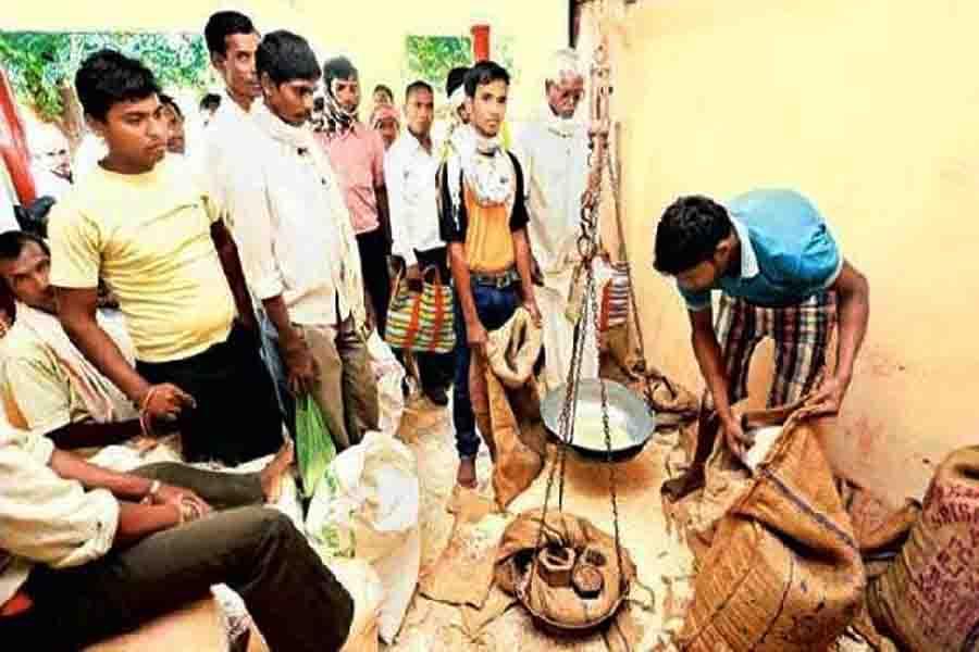 राज्य सरकार ने अप्रैल और मई माह का  चावल, नमक एवं शक्कर का  एकमुश्त आबंटन किया जारी
