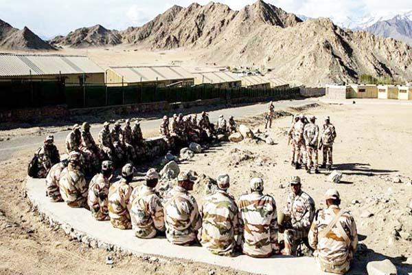भारत भी युद्ध की तरफ बढ़ रहा आगे चीन से बातचीत के साथ सैन्य कार्रवाई के विकल्प पर विचार