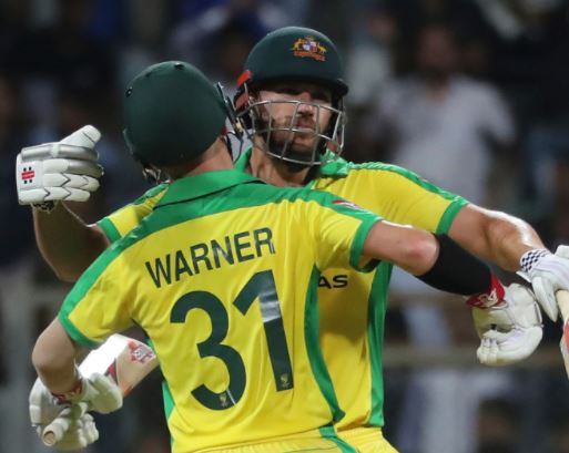 ऑस्ट्रेलिया ने आखिरी वनडे मैच में इंग्लैंड को 3 विकेट से हरा दिया है.