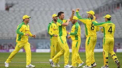 सैम बिलिंग्स ने करियर का पहला शतक लगाया इंग्लैंड को 19 रन से हराया