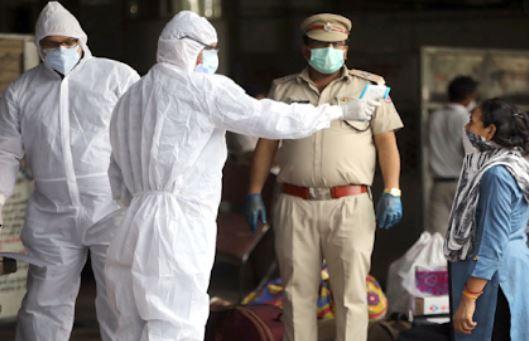 देश में फिर सामने आये कोरोना संक्रमण के 75,809 नये मामले