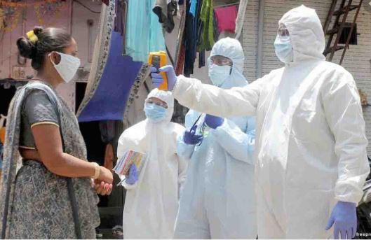 देश में कोरोना वायरस से संक्रमण के रोजाना रिकॉर्ड तोड़ मामले सामने आ रहे हैं