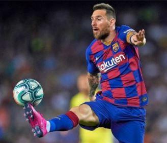 बार्सिलोना के साथ बने रहने के फैसले के 3 दिन बाद मेसी मैदान पर उतरे
