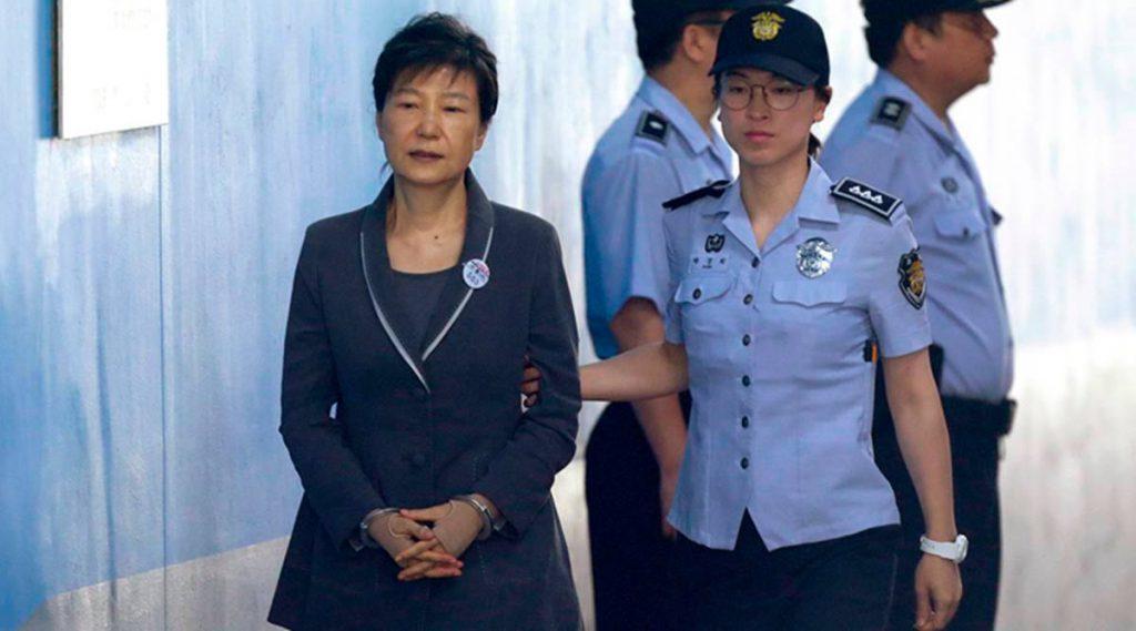 South Korea news, South Korean President Park Geun-hye, South Korean current President, South Korea Supreme Court, Park Geun-hye latest news, world news, Park Geun-hye jail, indian express world news, latest updates from asia